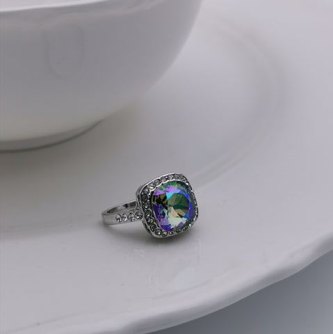 Elegant Swarovski element square ring