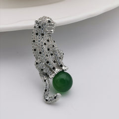 Leopard with nature chalcedony grmstone brooch/pendant