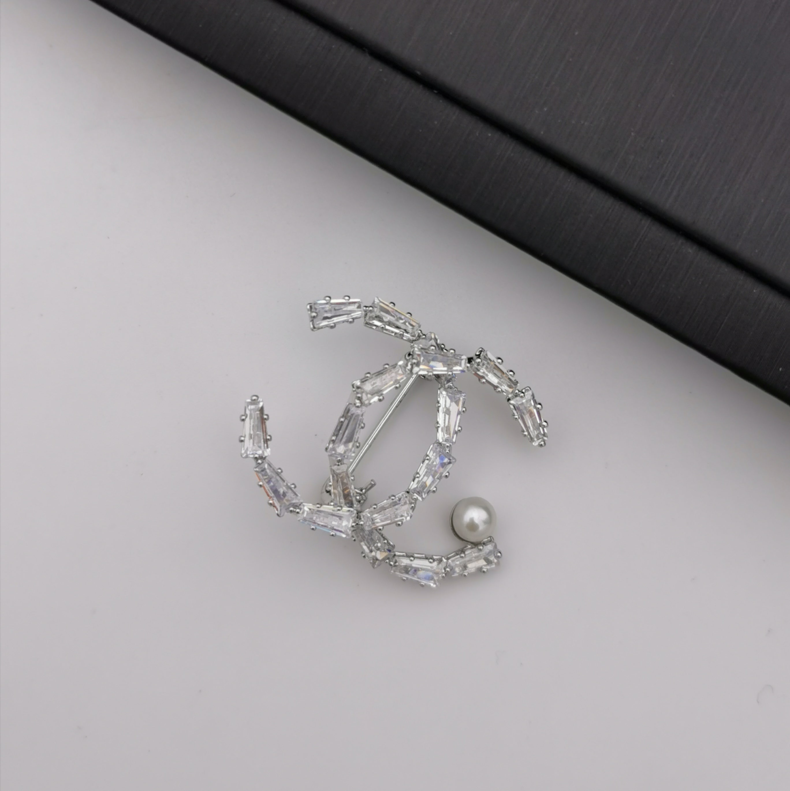 Letter X freshwater pearl brooch