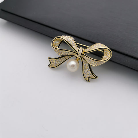 Bow freshwater pearl brooch/pendant