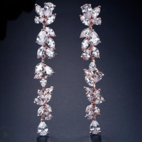 Cubic Zironia sparkle dangling earring