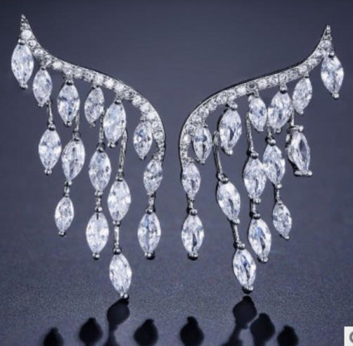 Cubic zirconia sparkle earring