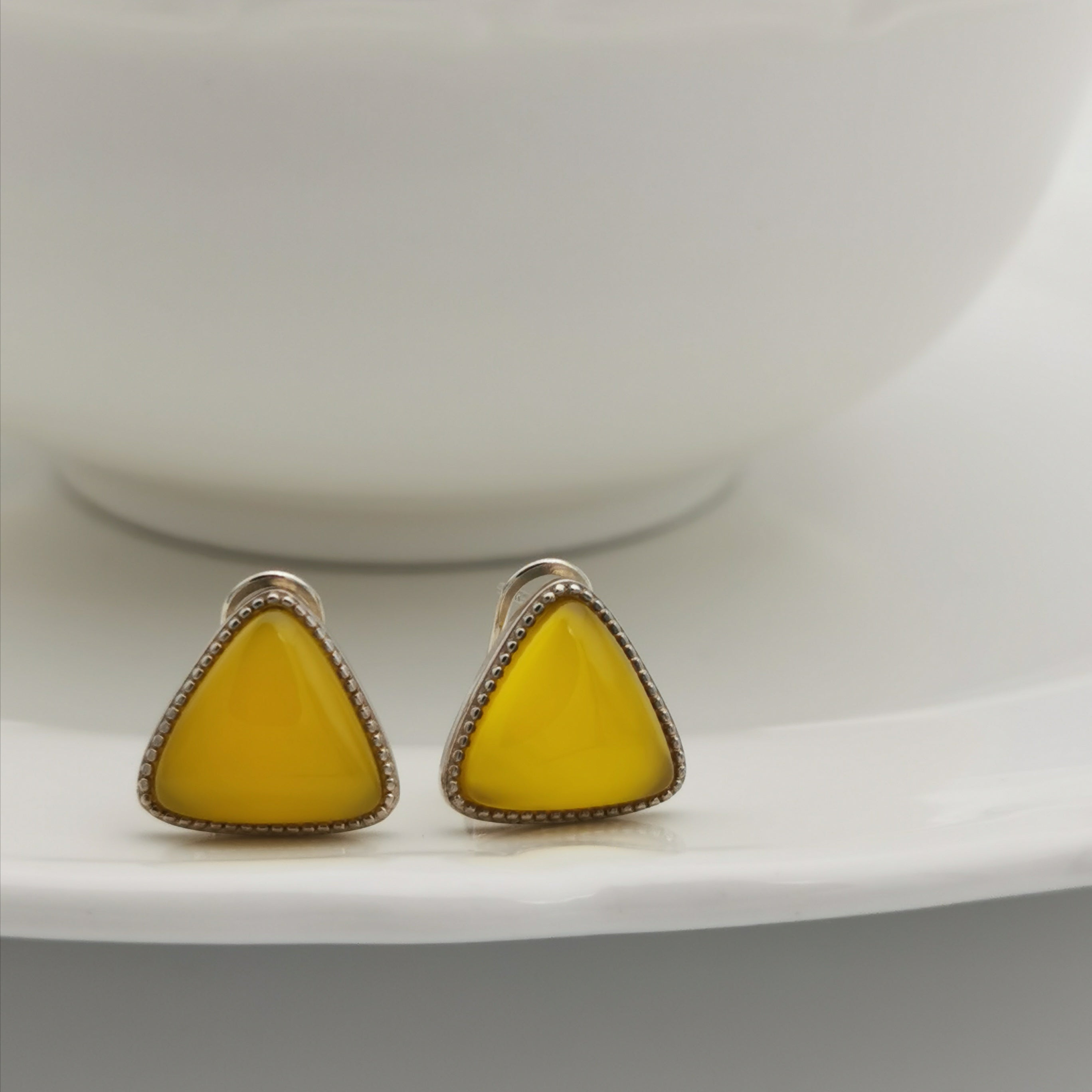 S925 yellow chalcedony stud earring