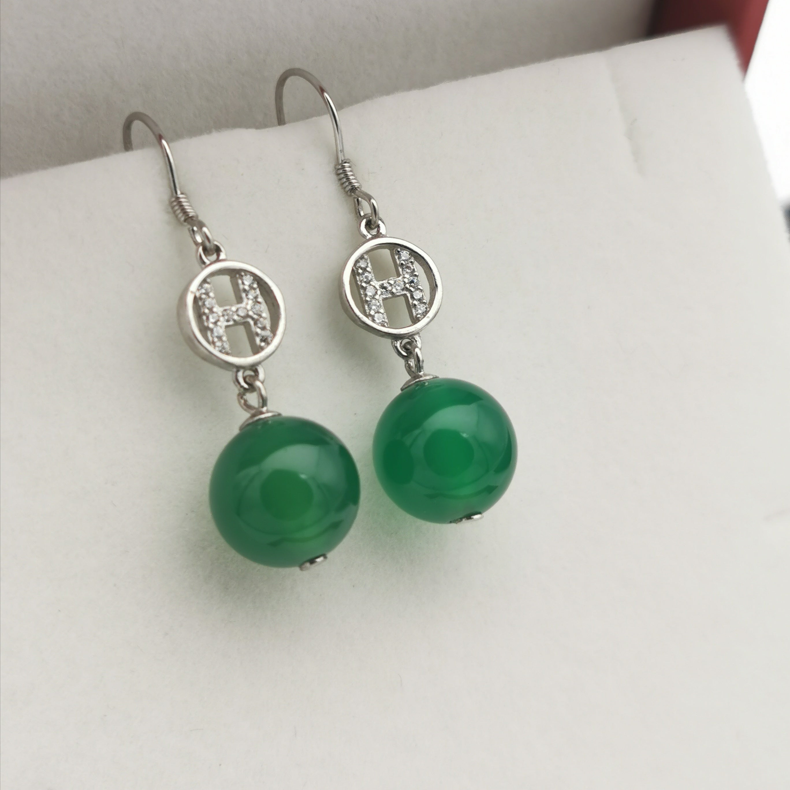 Sterling silver with Chalcedony earring