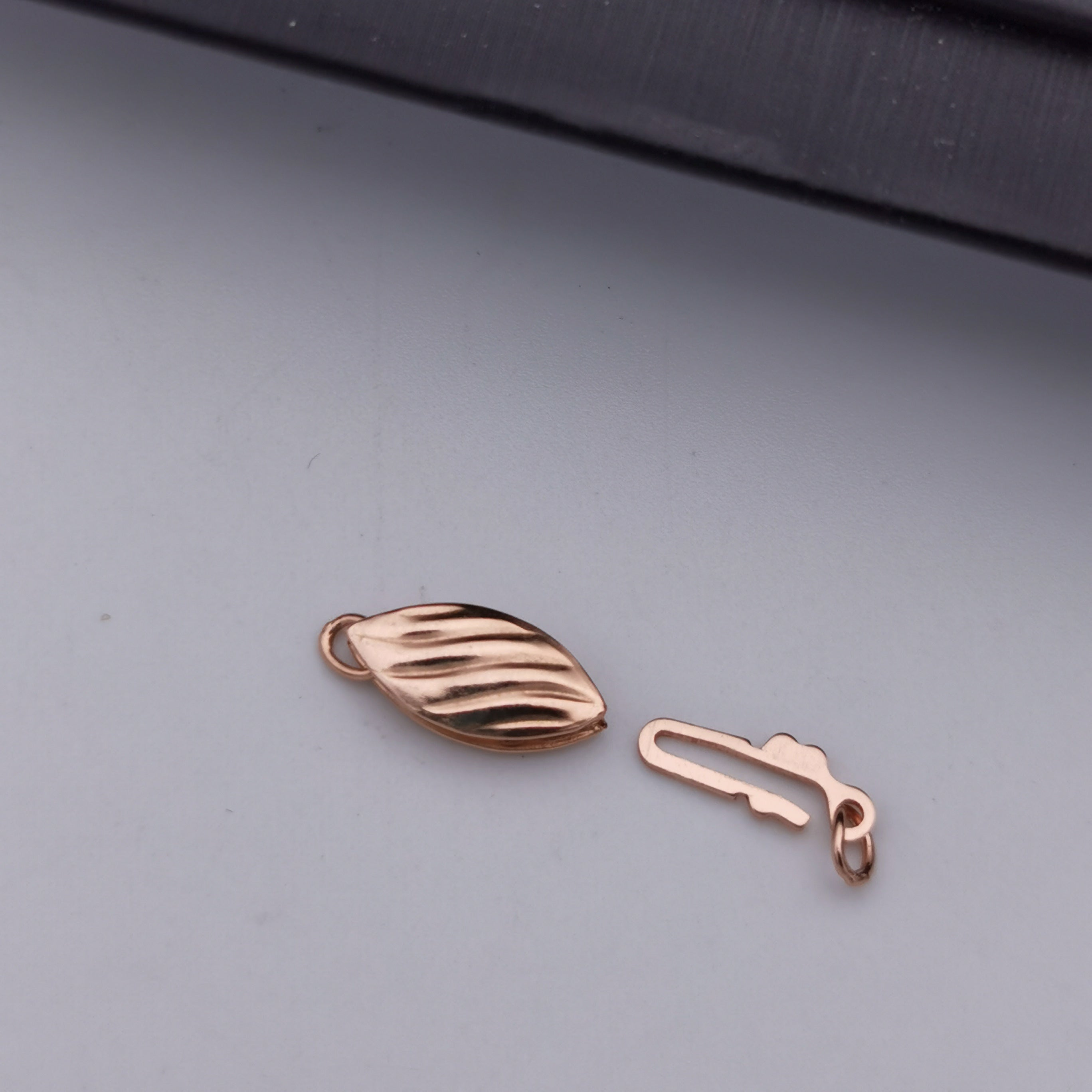 S925 sterling silver Rose gold rhodium plated clasp