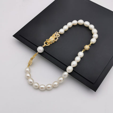 Exclusive dragon freshwater pearl wedding/anniversary necklace