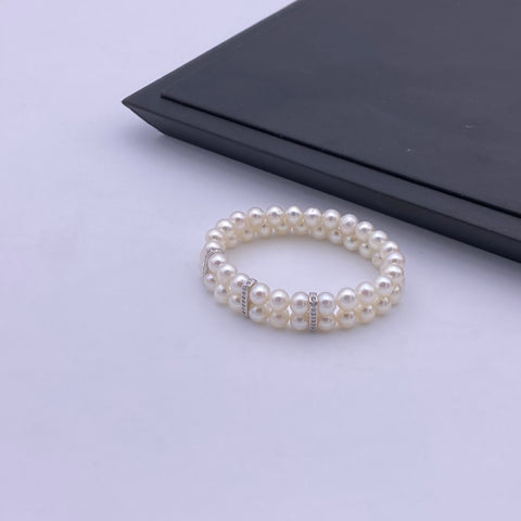 6.5-7mm freshwater pearl with sterling silver charm stretch bracelet