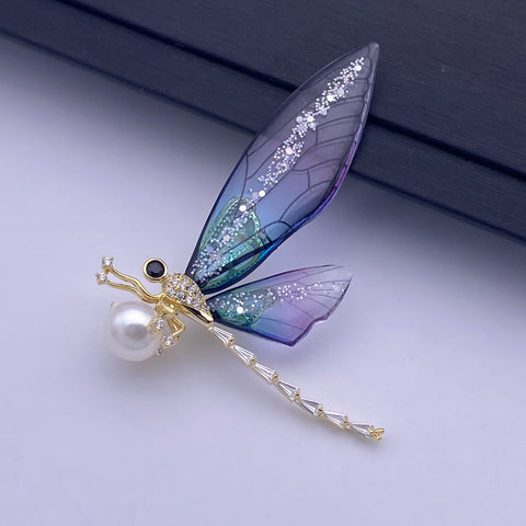 Dragonfly freshwater pearl brooch