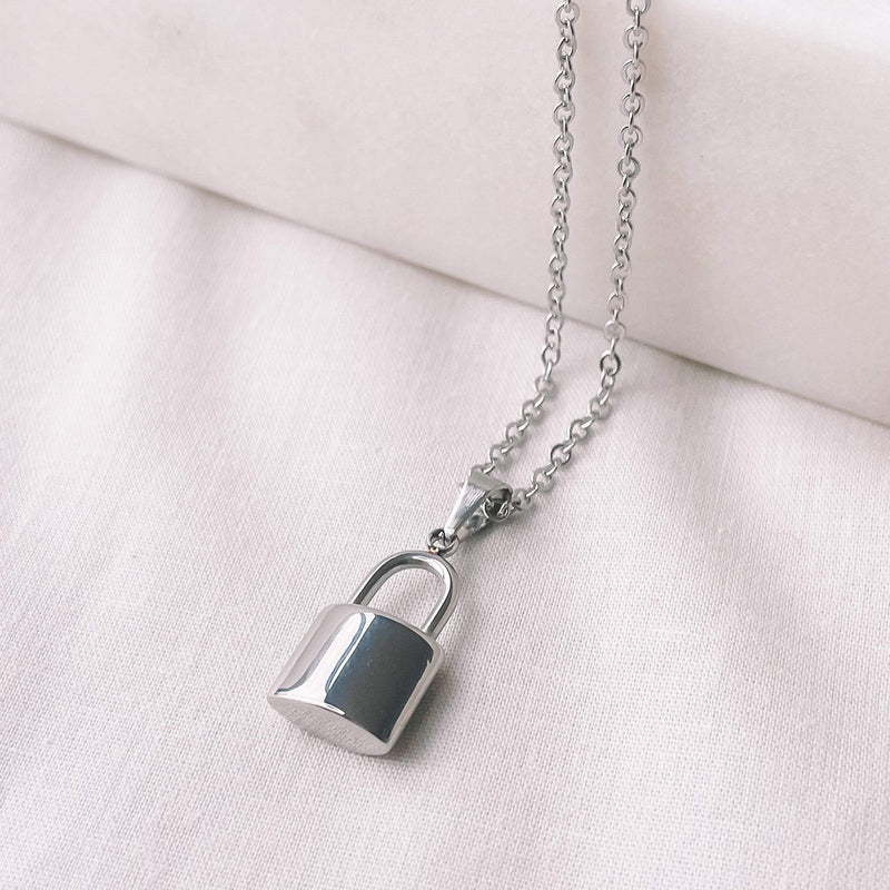 Nalu Jewels Lock Necklace