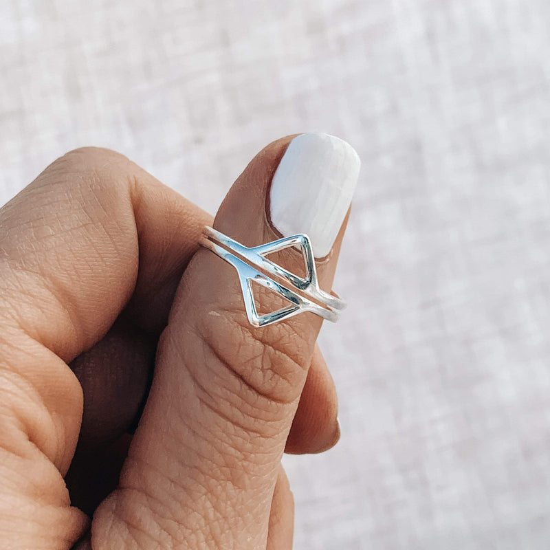 Nalu Jewels Double Triangle Ring Adjustable / Silver