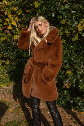 NEW IN Monaveen Luxury Faux Fur LUCY Coat