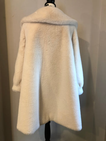 NEW IN Monaveen Luxury Faux Fur Penelope Coat CREAM/WHITE