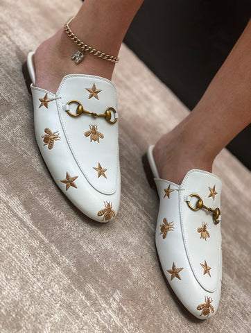 NEW IN Monaveen WHITE BUMBLE BEE Leather Slipper Mules