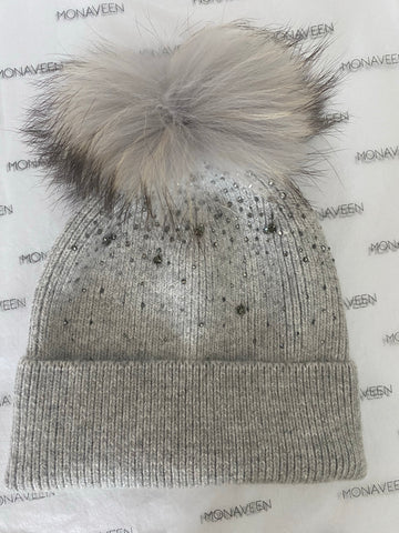 NEW IN Monaveen Knitted Bobble Hat
