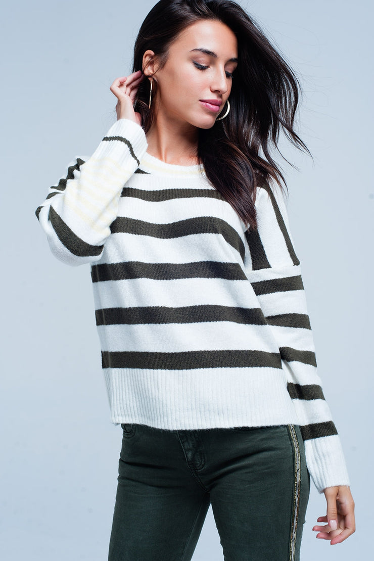 Sweater with Green stripes and yellow detail in sleeves
