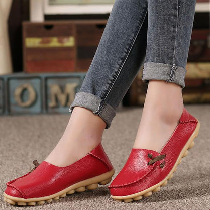 Merkmak Large Size Leather Women Shoes Flats Mother Shoes Girls Lace-up Fashion Casual Shoes Comfortable Breathable Women Flats
