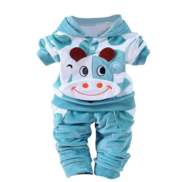 2017 Newborn Baby Girls Boys Cartoon Cow Warm Outfits Clothes Velvet Hooded Tops Set Baby clothes winter hat winter costume