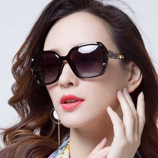 Oversized Sunglasses Fashion Sun glasses for Women 2018 Brand Designer Retro Gradient Glasses Elegant Ladies Vintage Eyewear