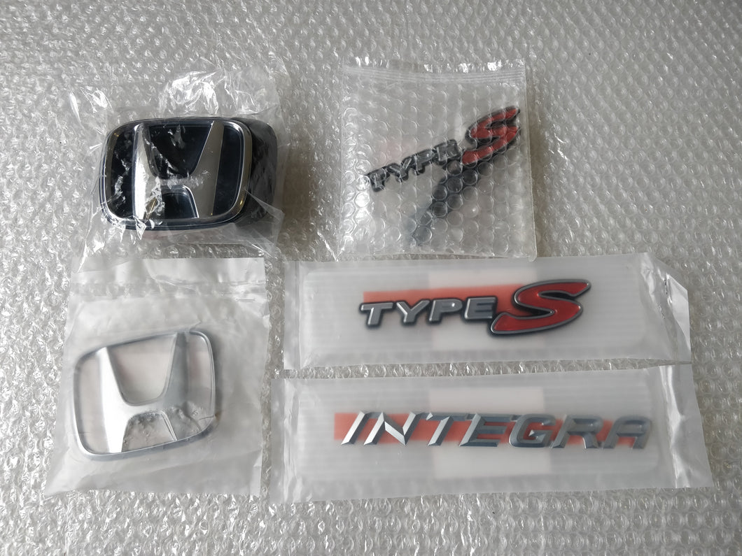 2002/06 Honda Integra Type S Emblem Kit