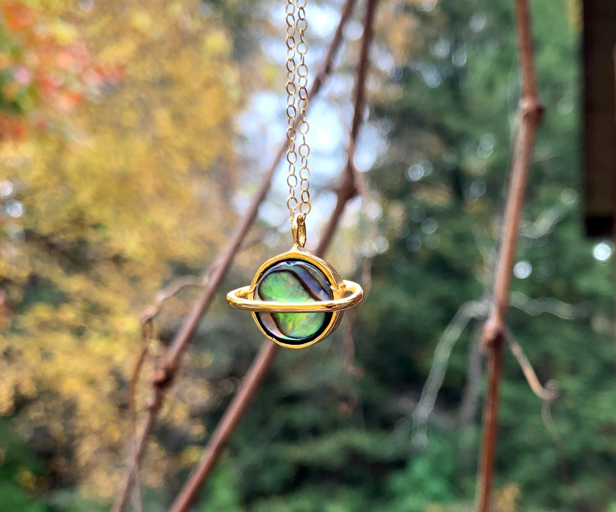 Saturn Pendant in Abalone