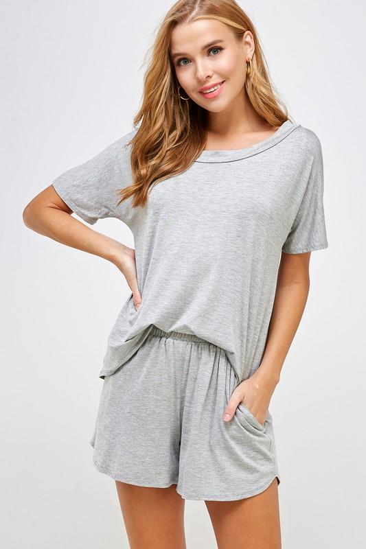 Loungewear Lovin' Two Piece Set: Heather Gray - Bella and Bloom Boutique