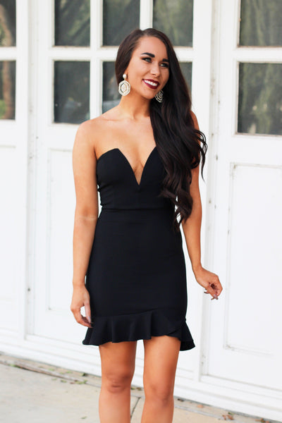 Essential LBD Dress: Black - Bella and Bloom Boutique