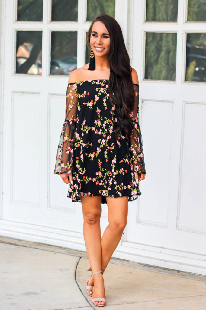 Embroidered Beauty Dress: Black - Bella and Bloom Boutique