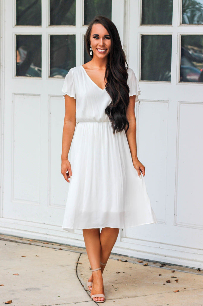 RESTOCK: London's Calling Midi Dress: White - Bella and Bloom Boutique