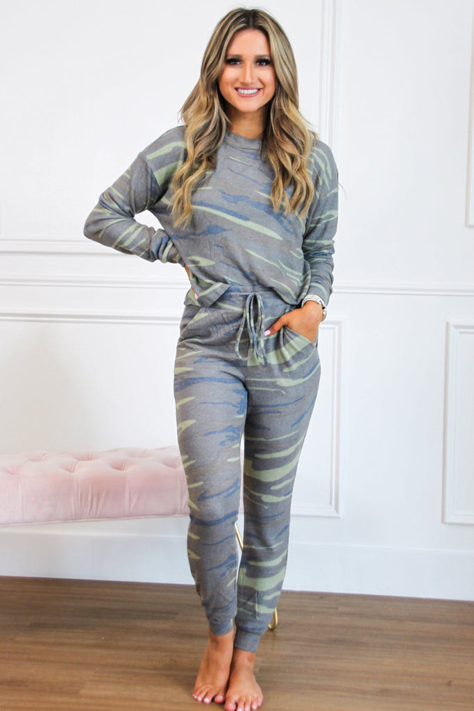 Cozy Vibes Jogger Two Piece Set: Camo - Bella and Bloom Boutique
