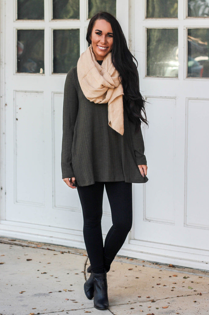 Another Day Top: Olive - Bella and Bloom Boutique