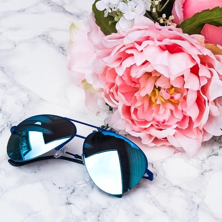 Little Do You Know Sunglasses: Blue - Bella and Bloom Boutique