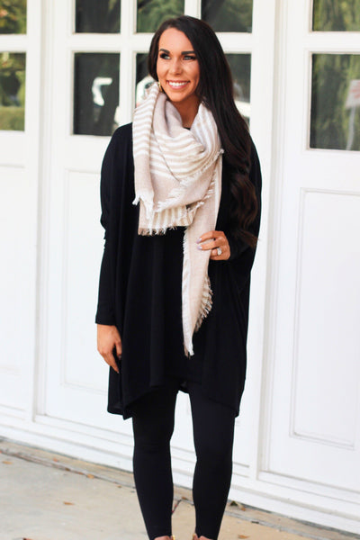 Keeping Warm Scarf: Tan/Ivory