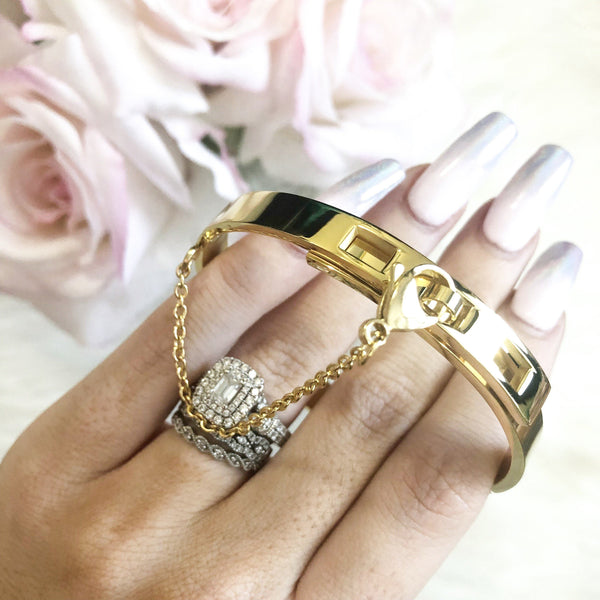 Hooked on Love Bangle: Gold - Bella and Bloom Boutique
