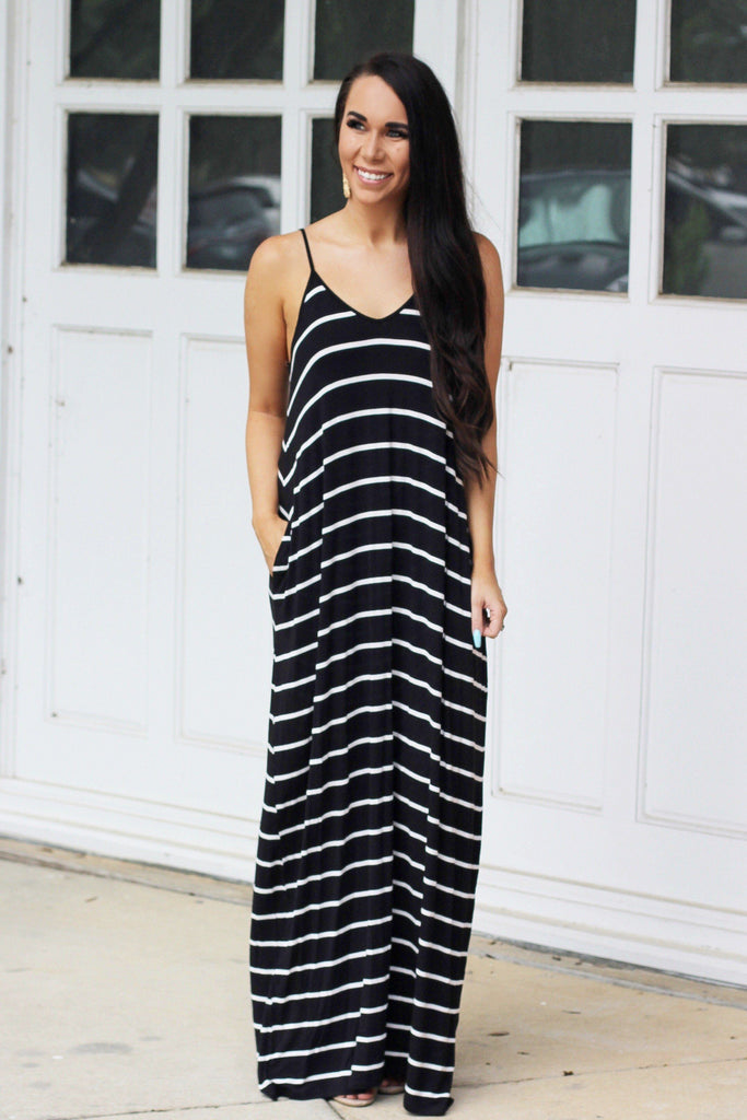 RESTOCK: Just the Girl Next Door Maxi Dress: Black/White - Bella and Bloom Boutique