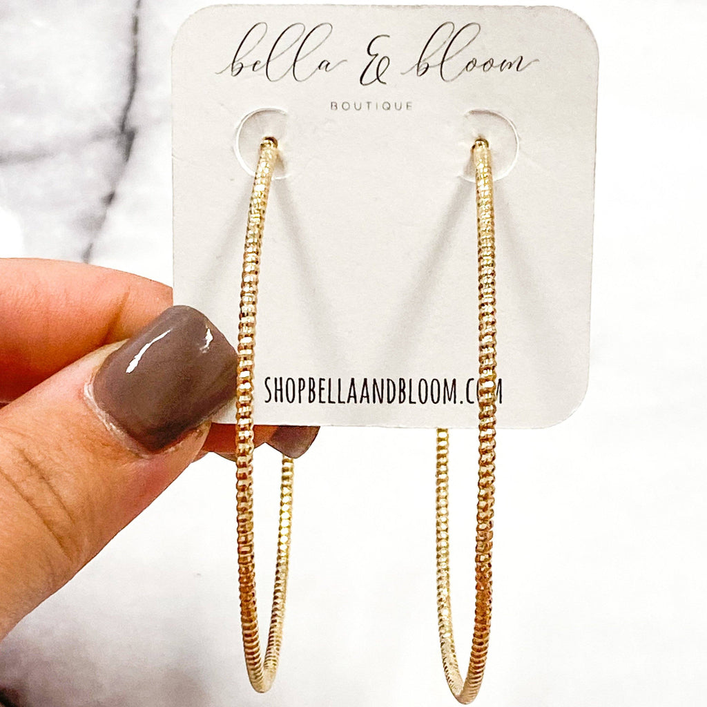 Emily Hoop Earrings: Gold - Bella and Bloom Boutique
