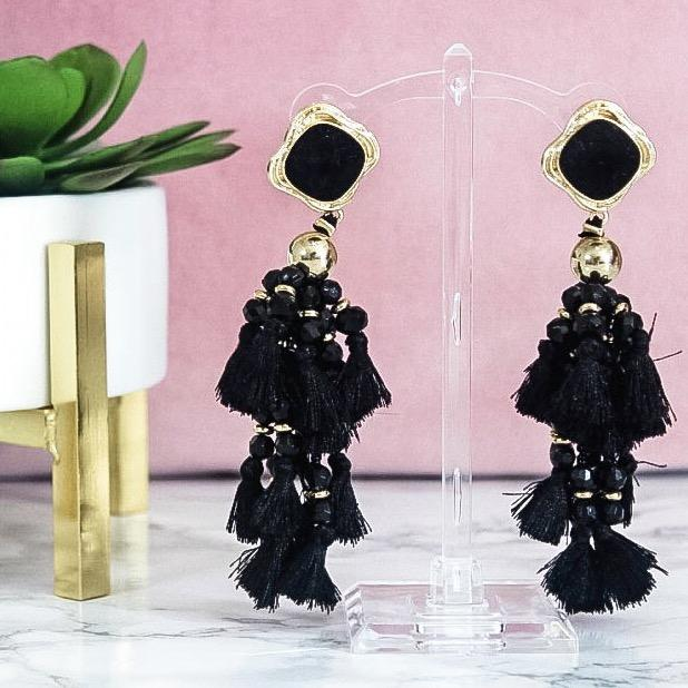 The Lucky One Earrings: Black - Bella and Bloom Boutique