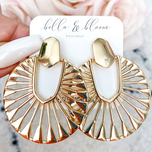 Evelyn Earrings: Gold