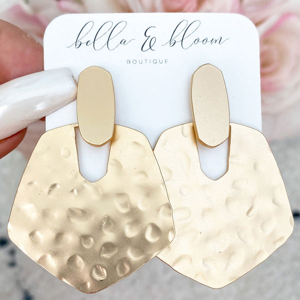 Closet Staple Hammered Earrings: Gold - Bella and Bloom Boutique