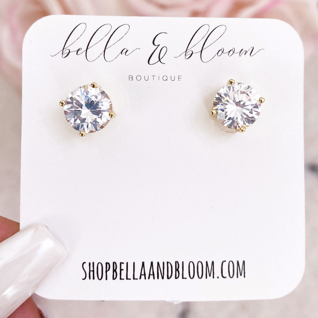Simple Stud Earrings: Gold - Bella and Bloom Boutique