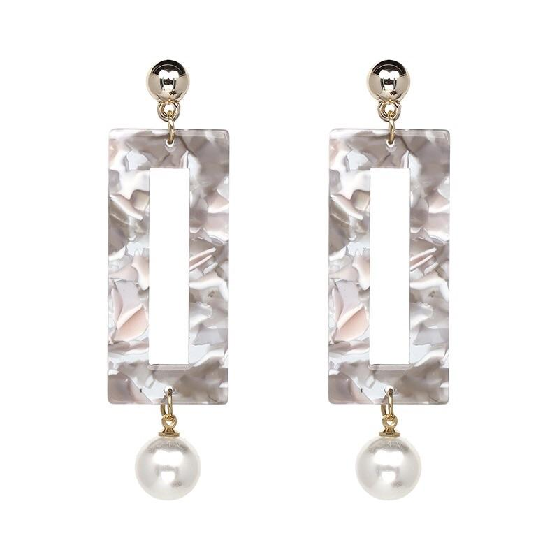Marbled Pearl Earrings: Gray/Ivory - Bella and Bloom Boutique