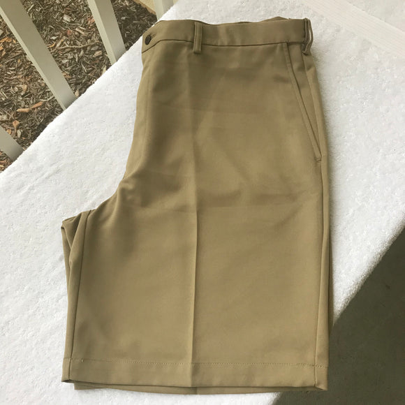 HAGGAR Men's Pleated Front Taupe Khaki Dress Shorts, Size 40