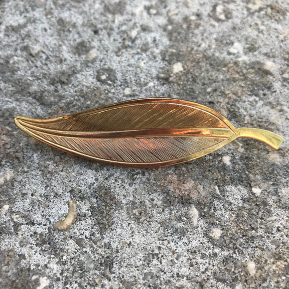 Vintage 70's  Gold Tone Leaf Brooch Pin