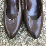NEWPORT NEWS Vintage Brown Leather Pumps Heels Size 8.5M NEW