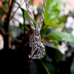 Knotwork Wolf Necklace - Pendant Necklaces - PurpliKi