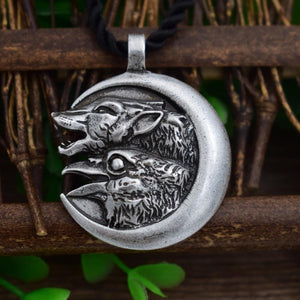 Wolf and Raven Spirit Animal Pendant - Pendant - PurpliKi