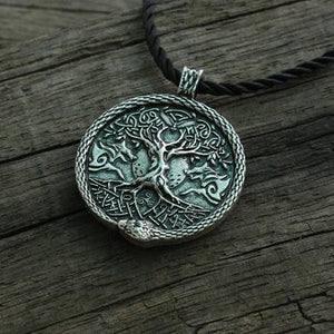 World Tree Talisman - Pendant Necklaces - PurpliKi