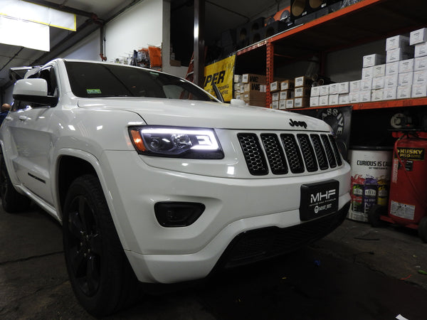 2014-2016 Jeep Grand Cherokee Black Projector switchback headlights