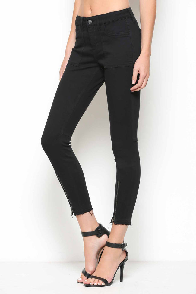 430 Amelia Mid Rise Skinny Front Zipper