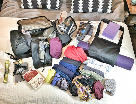 mantisyoga-retreat-duffel-pack-load-out