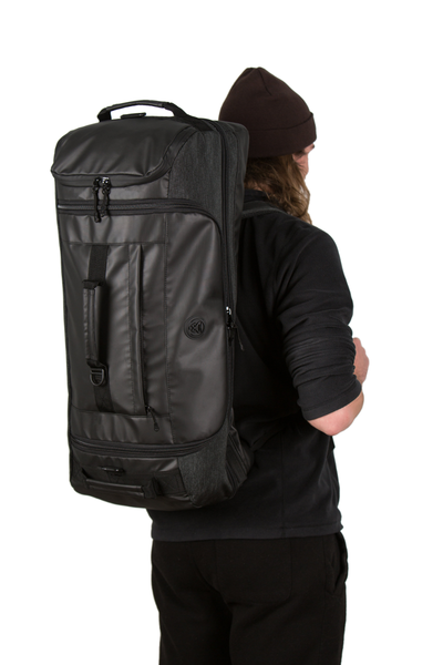 retreat duffel pack back man